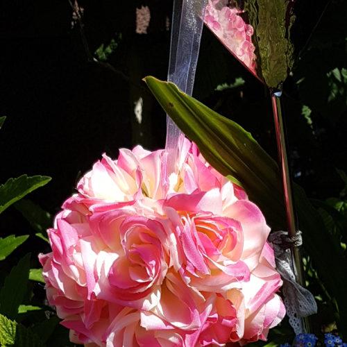Boule fausse fleur rose