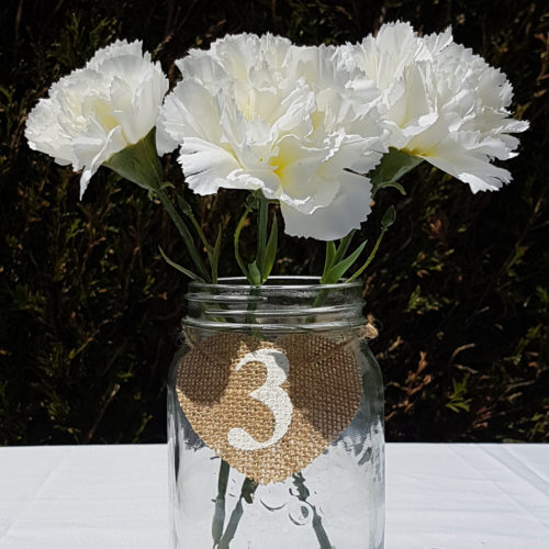Numéro table toile de jute forme cœur